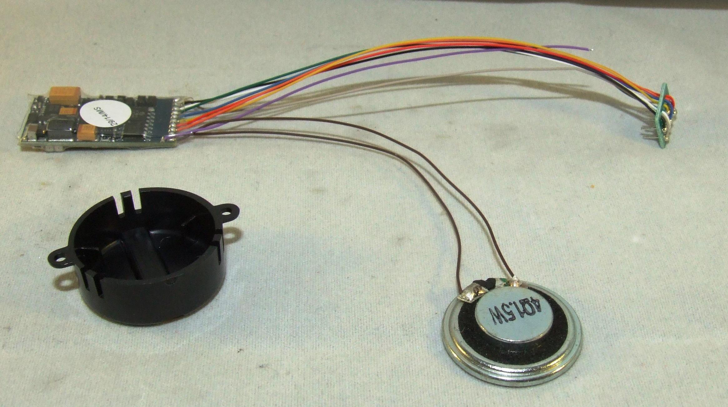 ESU 54400 Loksound Decoder V 4.0 32 Mbit 8 pol + Wunschsound