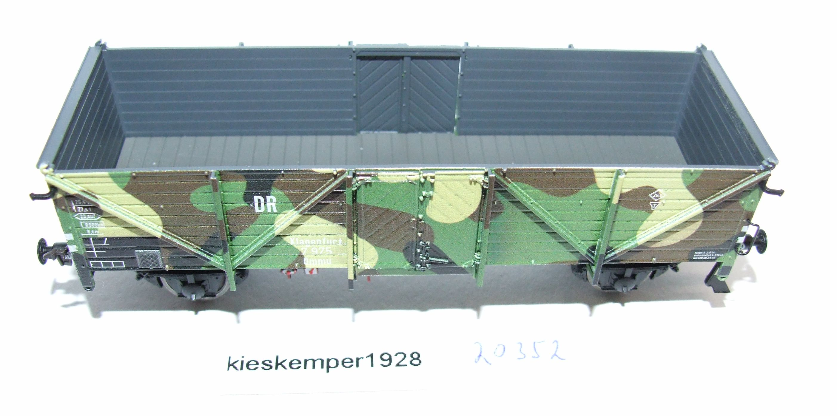 Exact-train EX20352 Güterwagen DRG Klagenfurt EP II DC Tarnlackierung DC