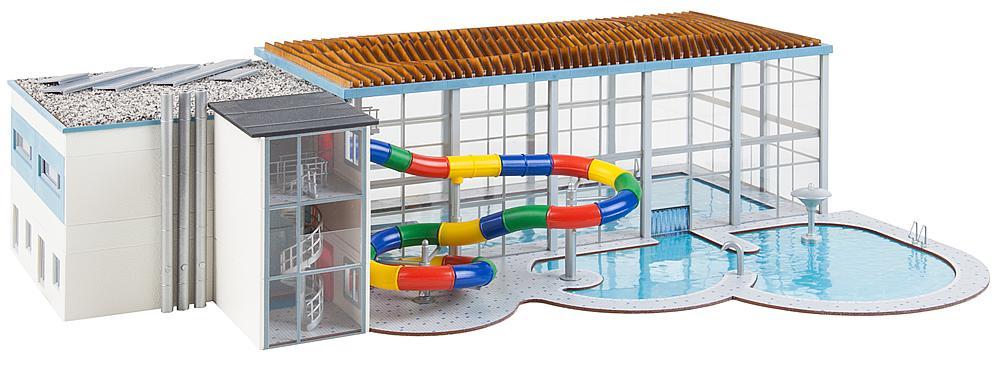 Faller 130150 H0 Bausatz Hallenbad mit Rutsche