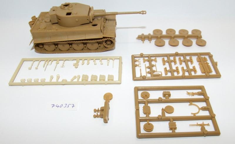 Herpa  740357 Minitanks Kpfw.VI Tiger mittlere Version EDW DAK 1:87