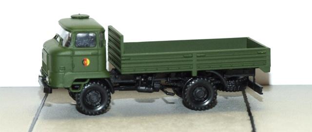 Herpa 744201 Minitanks IFA L60 Pritsche NVA H0 1:87