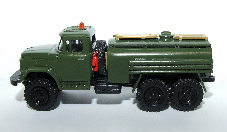 Herpa Military 745444 ZIL 131 Militärtankfahrzeug  1:87