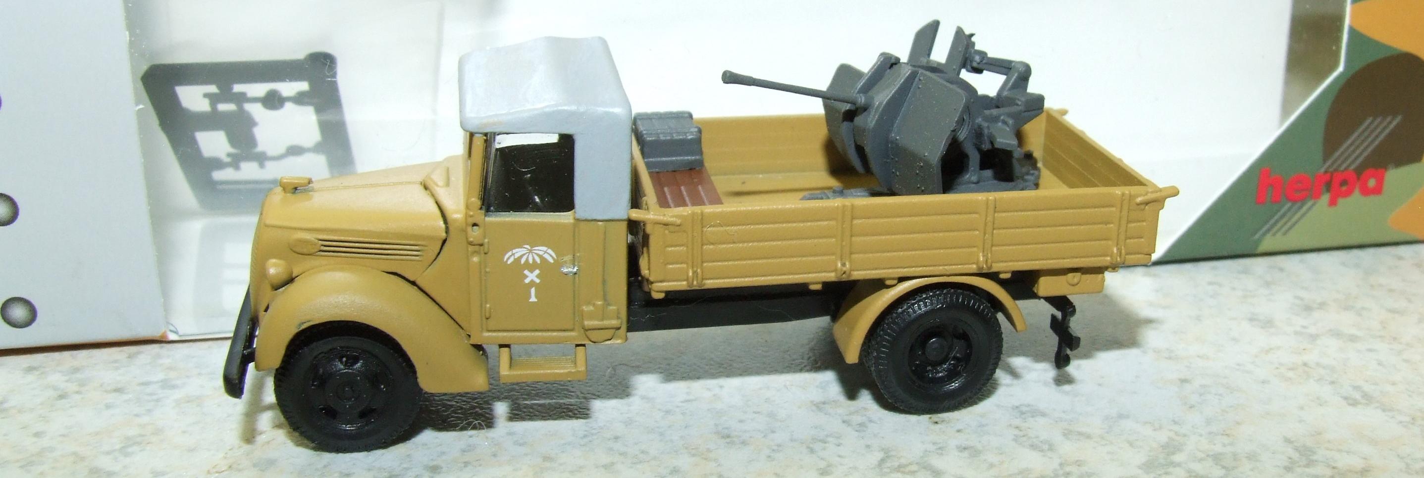 Herpa 746106 Miltary Ford 997 mit FLAK DAK 1:87