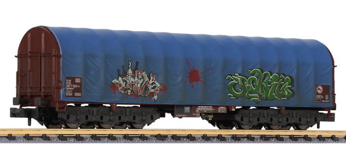 "Liliput 265779 Spur N 6-achs.Transportwg. m.blauer Plane ""Graffiti"", DB AG"