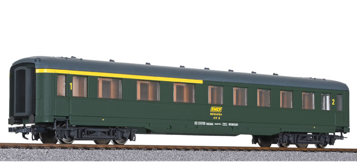 Liliput 334592 H0 Perswg., 1. 2.Kl., 2.Kl., 2.Kl., SNCF, Ep.IV DC f83927