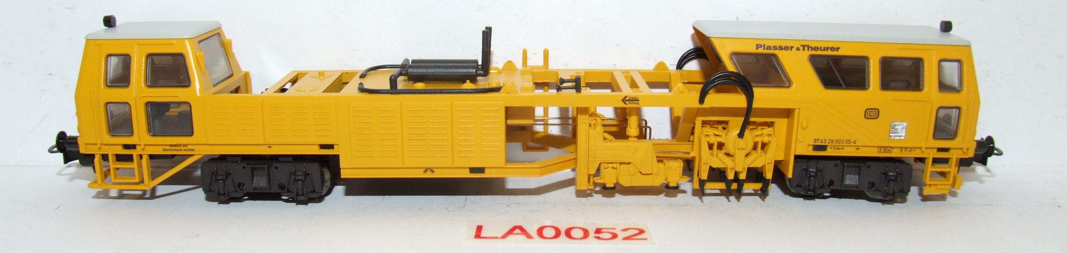 LA0052 Liliput H0 L 136110 Gleisstopfmaschine DB EP IV in OVP