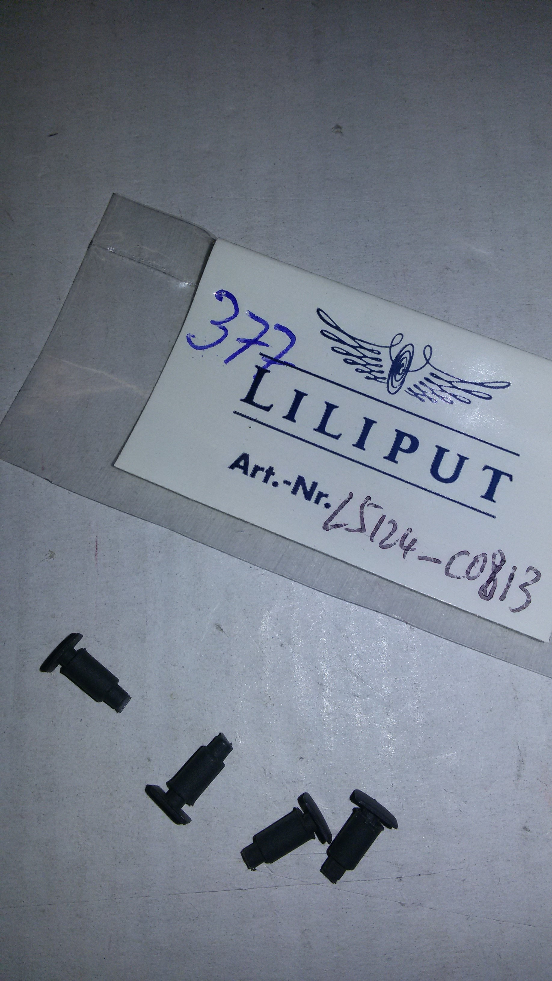 *LO 377* Liliput Ersatzteil L51240813 Puffer-Set