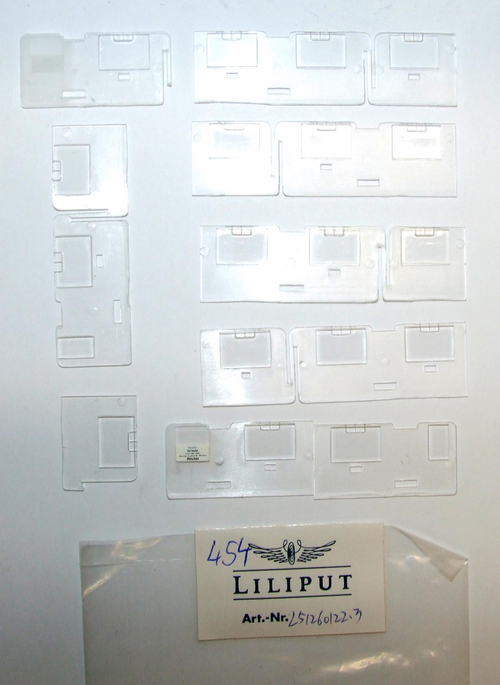 *LO 454* Liliput Ersatzteil L51260122.3 Fenster Mittelwagen