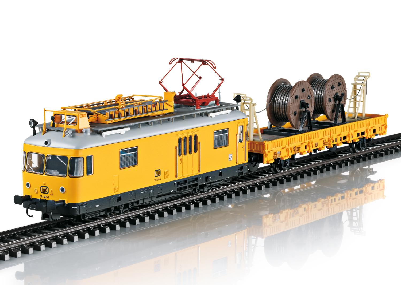 Trix 22973  Regelturmtriebwagen BR 701+Kb
