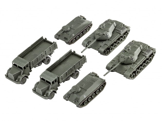 Revell 03351 Bausatz 6 x Bw Fahrzeuge HS30 M47 5t MAN im Maßstab 1:144