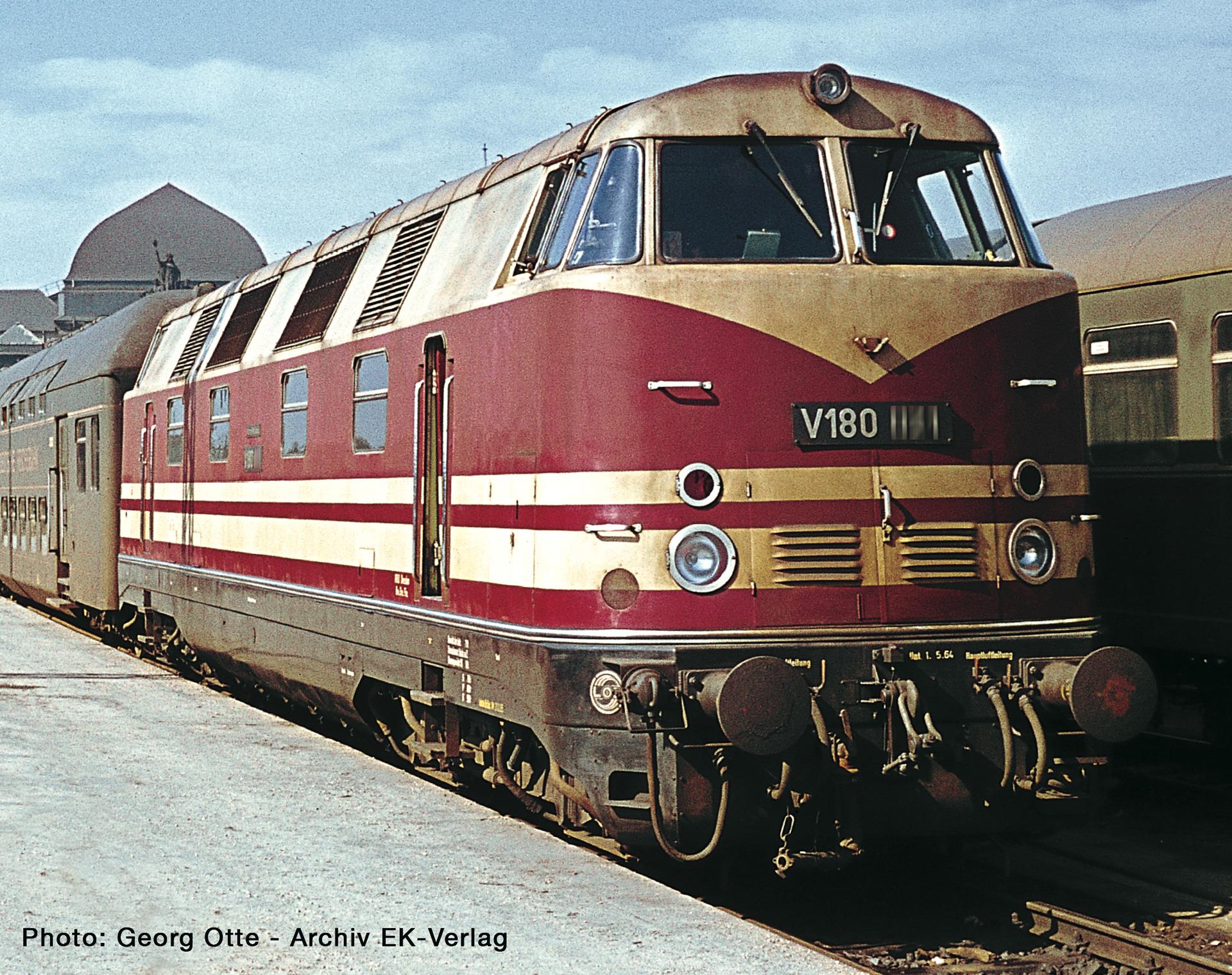 Roco 73891 H0 Diesellokomotive V180, DR DCC Sound