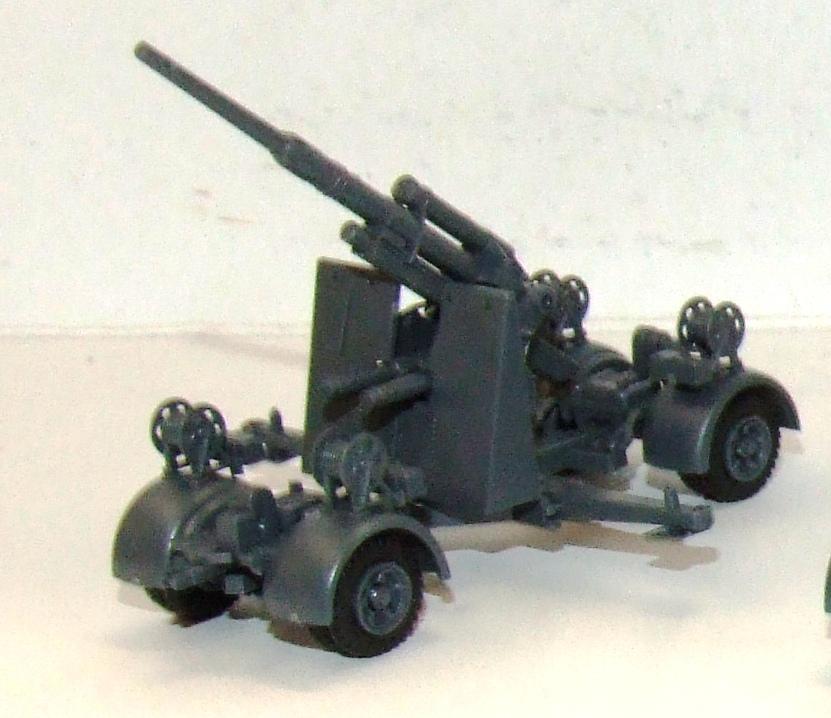 741583 Roco Minitanks Wehrmacht 8,8 cm Flak 36/37 in grau