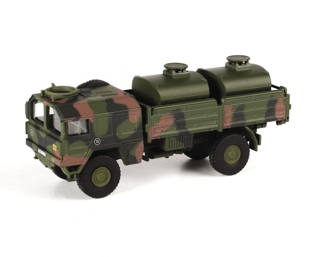 "Schuco 452636400 MAN 5t gl KAT1 Tank-Lkw ""Bundeswehr"", flecktarn, 1:87"
