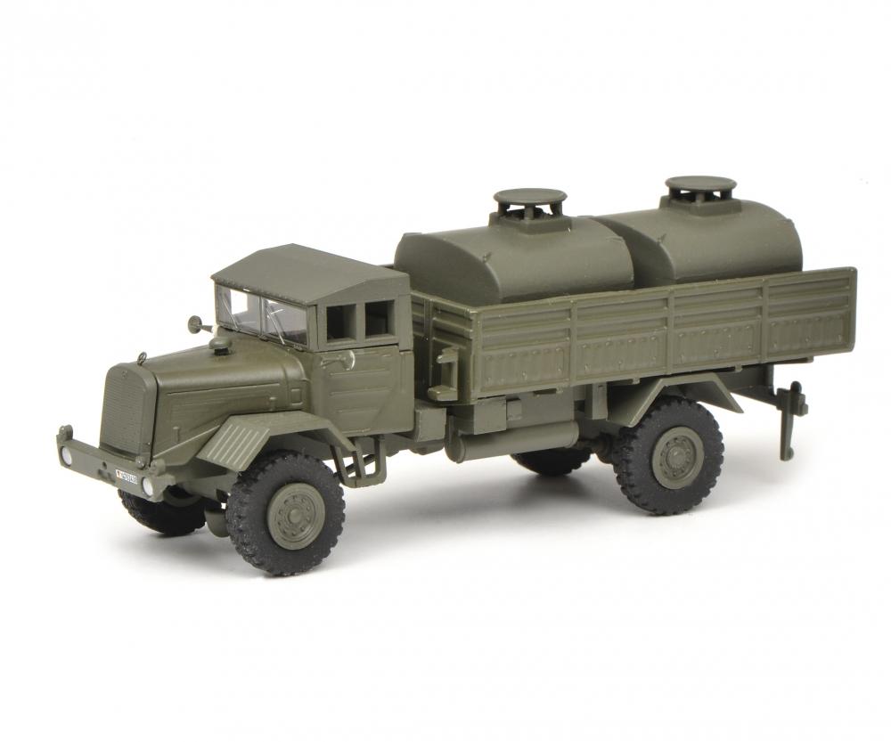 """Schuco 452642400 Mercedes-Benz LG 315 Tank-LKW """"Bundeswehr"""", 1:87"""