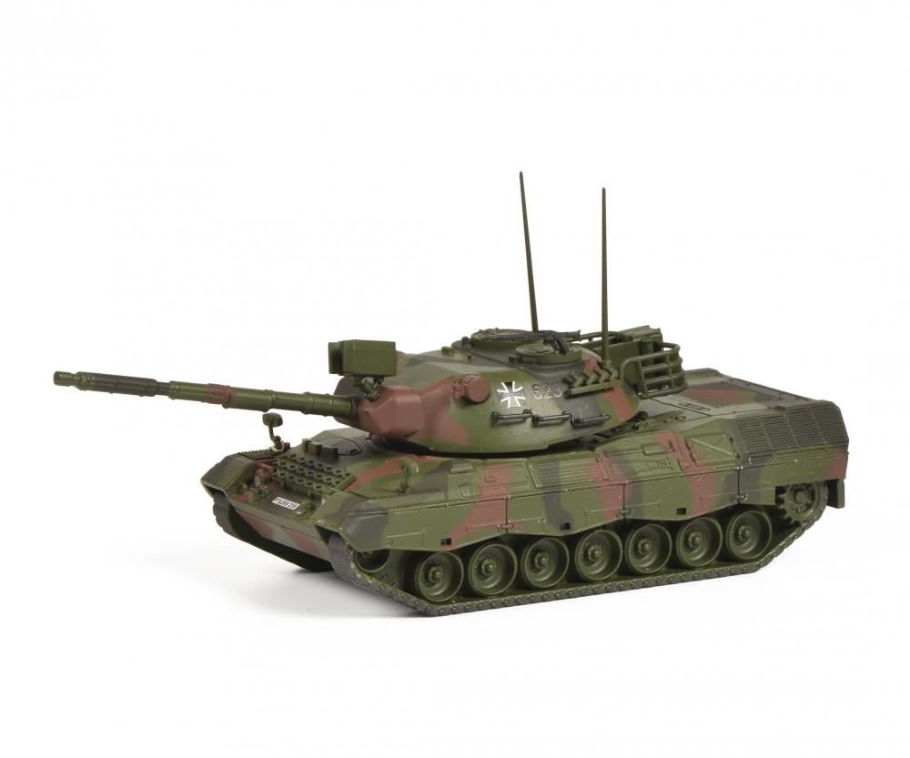 Schuco 452652300 Panzer Leopard 1A1 flecktarn 1:87